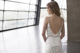 שמלת כלה וינטג' עם גב פתוח
