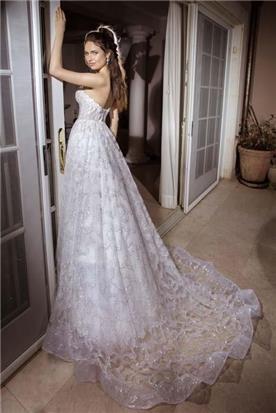 שמלת ערב נפוחה