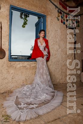 שמלת ערב עם שובל אורגנזה