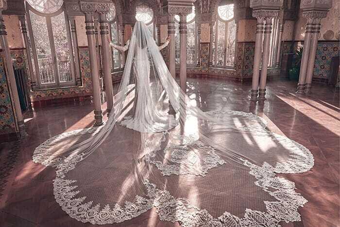 Esther veil