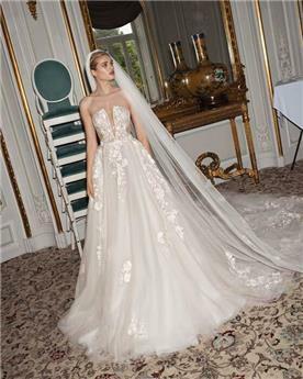 שמלת כלה בשילוב משי ותחרה