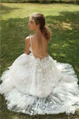 גליה להב שמלות כלה קסומות