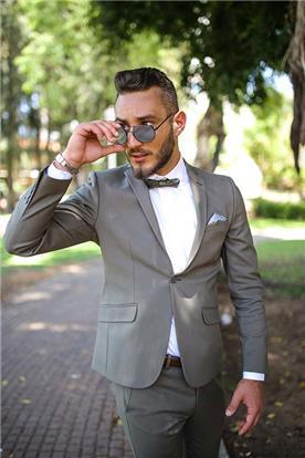חליפת חתן: חליפת שני חלקים, חליפה בגזרת סקיני, חליפה בדוגמה חלקה, חליפה בצבע אפור, קולקציית 2017 - ישמחתני-חליפות חתן