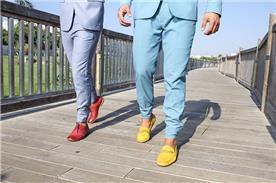 נעליים במבחר צבעים