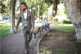 חליפת חתן בצבע אפור
