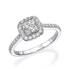 טבעת עם יהלום מעוצב