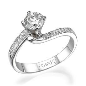 טבעת זהב לבן עם אבן בעיצוב