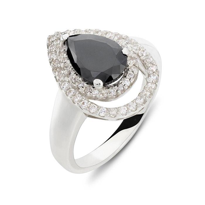 טבעת אירוסין עם אבן שחורה