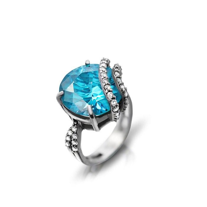 טבעת אירוסין אבן כחולה