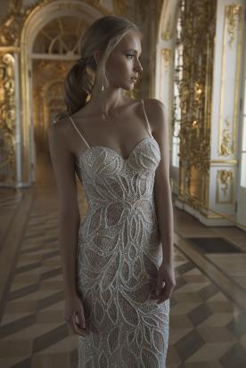 שמלת כלה תחרה ואבנים