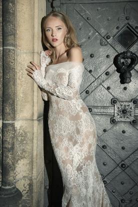 שמלת כלה סטרפלס ושרוולים