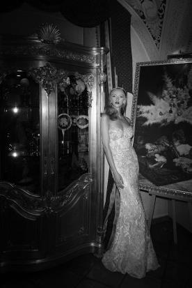 שמלת כלה מקסי סטרפלס