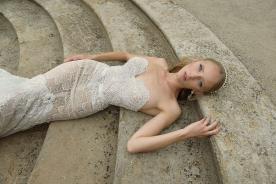 שמלת כלה חגורה עם אבן