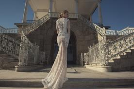 שמלת כלה תחרה עם אבנים