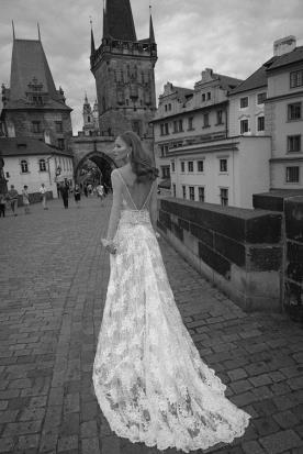שמלת כלה מחשוף עד המותן