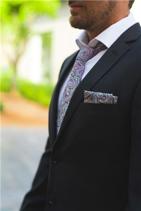 חליפות-חתן-בעיצוב-צעיר