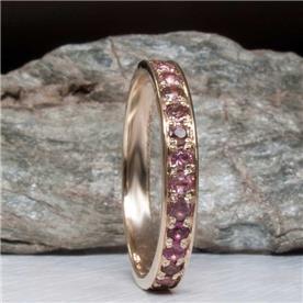 טבעת עגולה עם יהולים