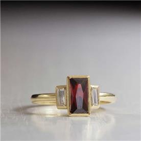 טבעת אבן גדולה רובי ויהלומים