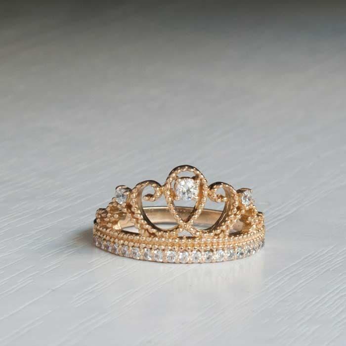 טבעת עיצוב כתר יהלומים