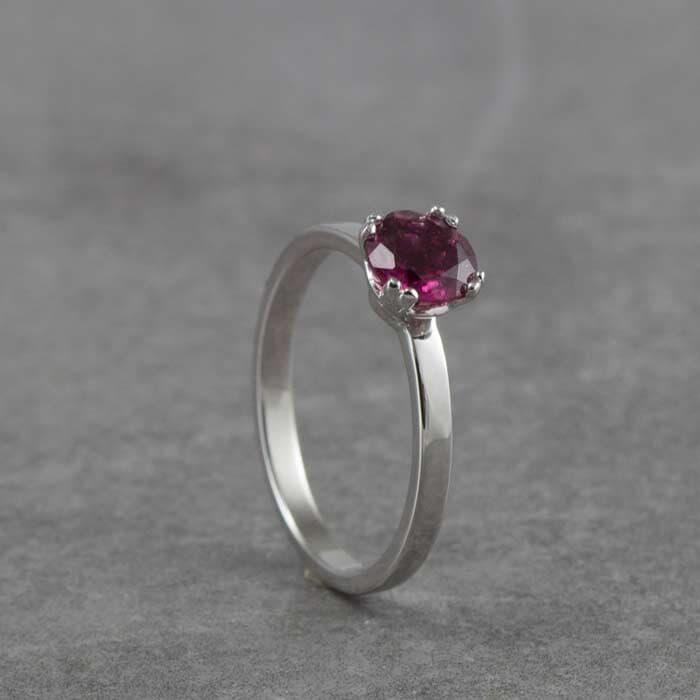 טבעת קלאסית אבן רובי