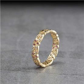 טבעת תחרה עם יהלומים