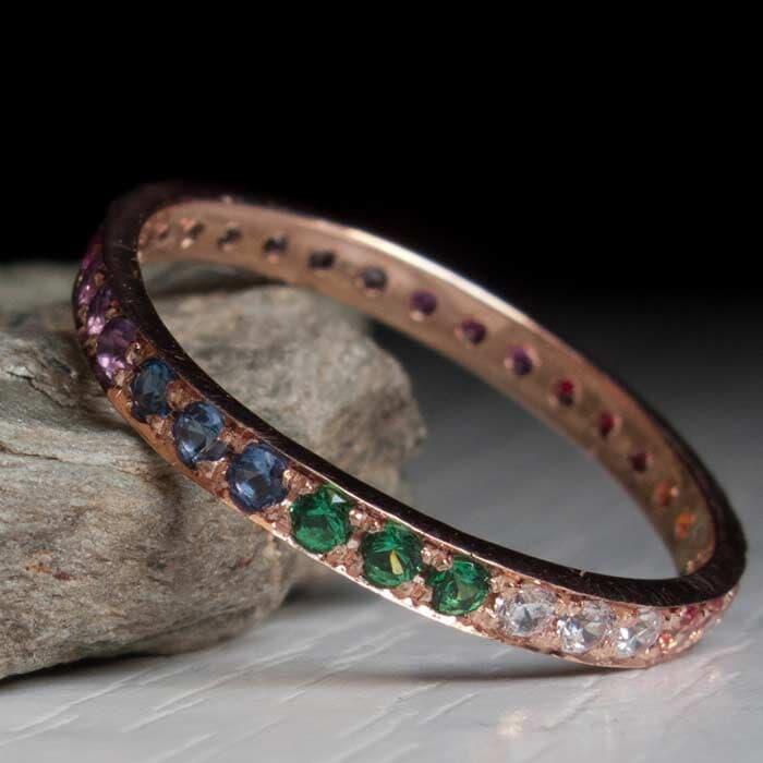 טבעת משובצי אבני חן