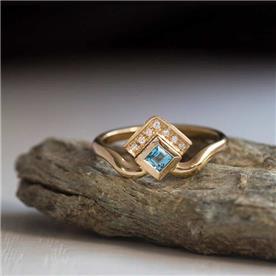 טבעת אירוסין מעוצבת אקווה מרין