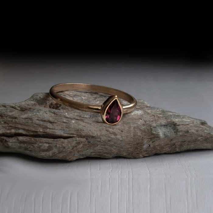 טבעת קלאסית רובי