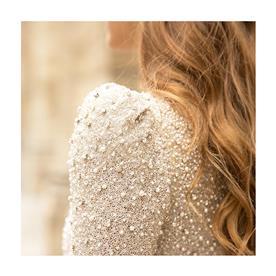 שמלת כלה או ערב: שמלה עם אבנים, שמלה עם שרוולים - Myor Brides - אביתר מיור