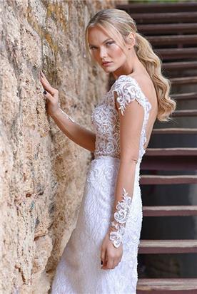 שמלת כלה מפוארת