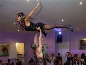 תקליטן - Off Beat ריקודי חתונה וריקודים לטיניים