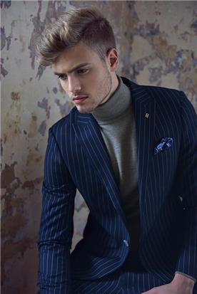 חליפת חתן: חולצה, חליפת שני חלקים, חליפת שלושה חלקים, מכנסיים, חליפה בגזרה ישרה, חליפה בצבע כחול נייבי - באמוס סקוור - bamoss square