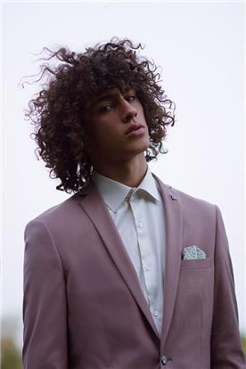 חליפת חתן: חולצה, חליפת שני חלקים, חליפת שלושה חלקים, חליפה בגזרה ישרה, חליפה בדוגמה חלקה, חליפה בצבע ורוד - באמוס סקוור - bamoss square