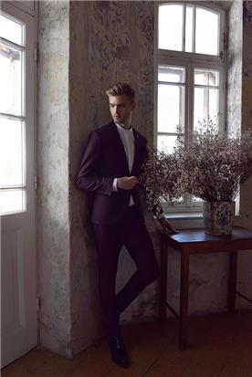 חליפת חתן: חולצה, חליפה בצבע בורדו, חליפת שני חלקים, חליפת שלושה חלקים, מכנסיים, חליפה בדוגמה חלקה - באמוס סקוור - Bamoss square