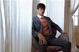 חליפת חתן: חליפת שלושה חלקים, חליפה בגזרה רחבה, חליפה בגזרה ישרה, חליפה בדוגמה משובצת, חליפה בצבע שחור - באמוס סקוור - bamoss square