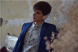 חליפת חתן: חולצה, חליפת שני חלקים, חליפת שלושה חלקים, חליפה בגזרה ישרה, חליפה בדוגמה חלקה, חליפה בצבע כחול נייבי - באמוס סקוור - Bamoss square