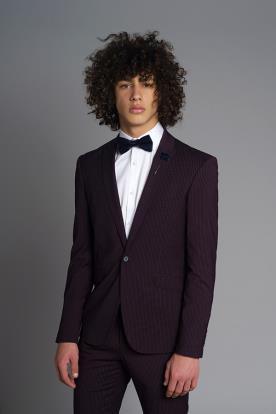 חליפת חתן פסים שחורה