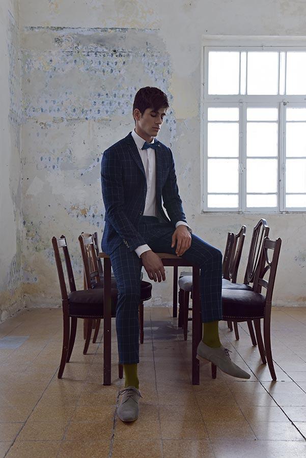 חליפה משובצת כחולה לחתן