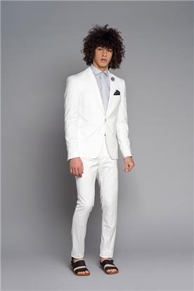 חליפת חתן: חולצה, וסט, חליפת שני חלקים, חליפת שלושה חלקים, מכנסיים, בלייזר, חליפה בגזרה ישרה, חליפה בדוגמה חלקה, חליפה בצבע לבן - באמוס סקוור - bamoss square