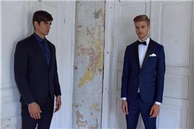 חליפת חתן: חולצה, חליפת שני חלקים, חליפת שלושה חלקים, מכנסיים, חליפה בגזרה ישרה, חליפה בדוגמה חלקה, חליפה בצבע כחול - באמוס סקוור - Bamoss square