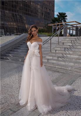 שמלת כלה בשילוב משי