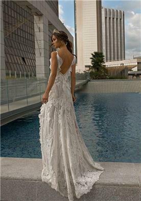 שמלות ערב עם בדים מיובאים