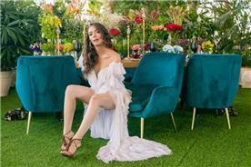 שמלת כלה: שמלה בסגנון רומנטי, שמלה עם תחרה, שמלה עם מחשוף, שמלה עם שובל, שמלה בצבע לבן - דימיטריוס דליה - שמלות כלה