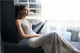 שמלת כלה בשילוב נצנצים