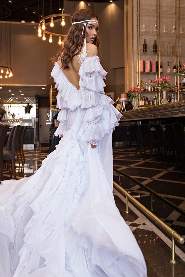 שמלת כלה עם שכבות
