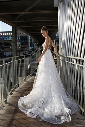 שמלה מתנפחת