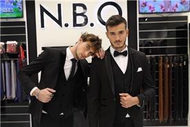 חליפת חתן: קולקציית 2020, חליפת שלושה חלקים, חליפה בגזרה ישרה, חליפה בדוגמה חלקה, חליפה בצבע שחור - N.B.O  חליפות חתן