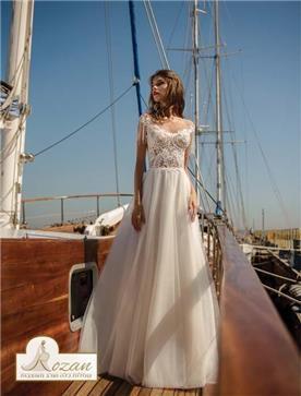 שמלות עם שרוולים