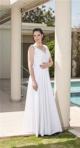 שמלה כלה עם מחשוף לב