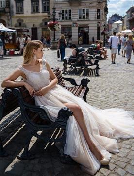 שמלות שיפון